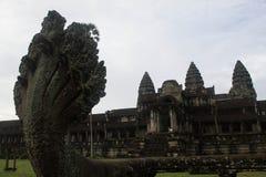 Il naga del serpente a Angkor Wat Fotografie Stock Libere da Diritti