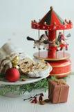 Il Natale agglutina - di Music Box di Stollen, della bagattella e del carosello Immagine Stock Libera da Diritti
