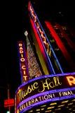Il Natale cronometra al teatro di varietà radiofonico della città Fotografia Stock