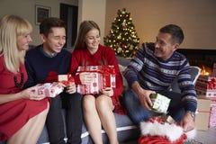 Il Natale cronometra con i bambini Immagine Stock