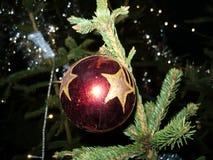 Il Natale decoratived la palla Immagine Stock Libera da Diritti