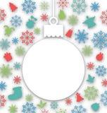 Il Natale incarta la palla su struttura con gli elementi tradizionali Fotografia Stock Libera da Diritti