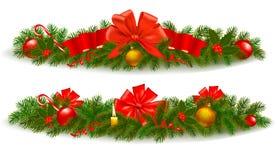 Il Natale incornicia con il ramo dell'albero e del nastro rosso Immagini Stock