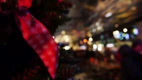 Il Natale lega in un night-club archivi video