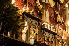 Il Natale locale gioca sul mercato di natale a Strasburgo Fotografie Stock Libere da Diritti