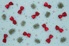 Il Natale modella sul fondo blu di festa Fotografia Stock Libera da Diritti