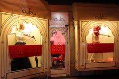 Il negozio di vestiti Layla delle donne Fotografia Stock