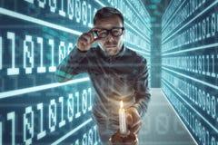 Il nerd si perde in Cyberspace fotografia stock libera da diritti