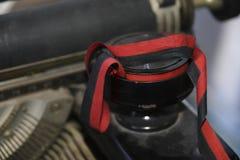 Il nero e rosso del nastro di Tyewriter immagine stock