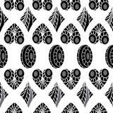 Il nero geometrico astratto senza cuciture del modello con i cuori grigi, ovali Immagine Stock Libera da Diritti