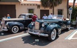 Il nero Packard 1940 al Car Show classico del trentaduesimo deposito annuale di Napoli fotografia stock