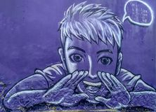 Il nome Kah la LU Kong Hokkien di arte della via di Ublic gli insegna a parlare la lingua di Hokkien sulla parete con colore in b fotografia stock