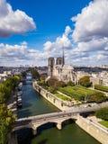 Il Notre-Dame de Paris immagine stock