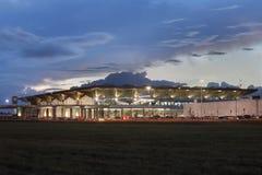 Il nuovo aeroporto di Pulkovo del terminal passeggeri della costruzione, St Peter Immagini Stock