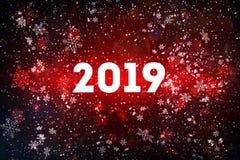 Il nuovo anno è 2019 Composizione in Natale, il concetto del nuovo anno Iscrizione del fondo con lettere rosso 2019 con neve dipi immagini stock libere da diritti