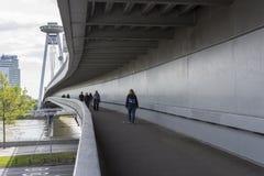 Il nuovo ponte a Bratislava immagini stock libere da diritti
