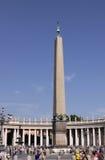 Il obelisk ha chiamato ?il testimone? nel quadrato della st Peter \ 'di s Fotografia Stock