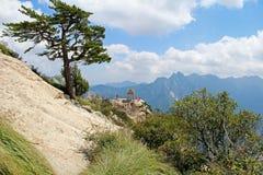 Il padiglione di scacchi nella montagna di Huashan delle montagne, Cina Fotografie Stock Libere da Diritti