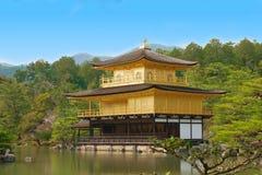 Il padiglione dorato in tempio di Kinkakuji, Kyoto, Giappone [20 marzo Fotografia Stock Libera da Diritti