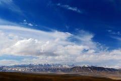 Il paesaggio autunnale del plateau del Tibet - di Qinghai Fotografia Stock