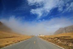 Il paesaggio autunnale del plateau del Tibet - di Qinghai Immagini Stock Libere da Diritti