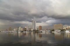 Il paesaggio della baia di Manila fotografia stock libera da diritti
