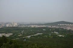 Il paesaggio della montagna di Yunlong a Xuzhou, Cina in primavera fotografie stock libere da diritti