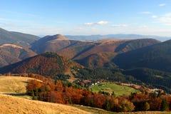 Il paesaggio di autunno della montagna Fotografia Stock Libera da Diritti