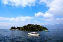 Il paesaggio di Lakeside del lago Erhai immagine stock