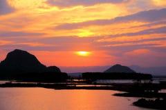 Il paesaggio di tramonto della contea di Puzihei fotografie stock libere da diritti