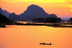 Il paesaggio di tramonto della contea di Puzihei fotografia stock libera da diritti