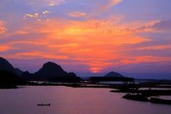 Il paesaggio di tramonto della contea di Puzihei fotografie stock