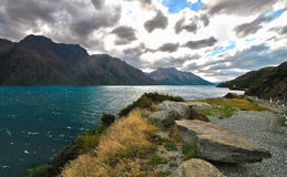 Il paesaggio epico di Wakatipu del lago fotografia stock