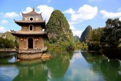 Il paesaggio idilliaco in jingxi, il Guangxi, porcellana Fotografie Stock Libere da Diritti