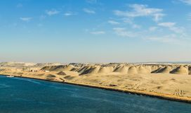 Il paesaggio pittoresco del deserto dei lati orientali del canale di Suez, Egitto Fotografia Stock