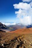 Il paesaggio sbalorditivo del cratere del vulcano di Haleakala visto dalle sabbie scorrevoli trascina, Maui, Hawai Fotografia Stock Libera da Diritti