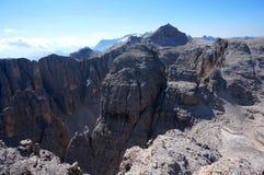 Il paesaggio selvaggio nel gruppo di area di alta montagna/sella e la vista al boe del piz alzano Immagine Stock Libera da Diritti