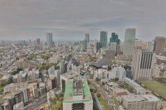 Il paesaggio urbano di Tokyo ha sparato dall'ultimo piano di alta costruzione Immagine Stock Libera da Diritti