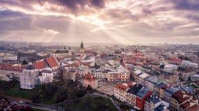 Il paesaggio urbano di tramonto di Lublino immagini stock