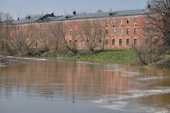 Il paesaggio urbano durante le inondazioni Fotografia Stock