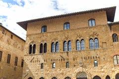Il palazzo del vescovo in Volterra Fotografia Stock Libera da Diritti