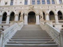 Il palazzo di duca a Venezia fotografia stock