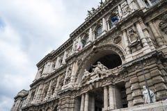 Il Palazzo di giustizia, l'alta corte dell'Italia a Roma Italia Fotografia Stock Libera da Diritti