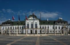 Il palazzo di Grassalkovich a Bratislava fotografia stock