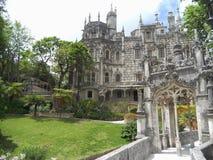 Il palazzo enigmatico di Regaleira, Sintra, Portogallo fotografie stock libere da diritti
