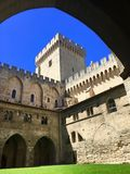 Il palazzo papale è un palazzo storico situato a Avignone, Francia del sud È uno di più grande e Goth medievale più importante Immagini Stock Libere da Diritti