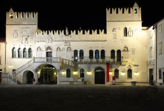 Il palazzo pretorio, palazzo gotico veneziano nella città di Kop Fotografia Stock