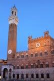 Il Palazzo Pubblico a Siena, Italia immagini stock