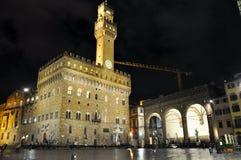 Il Palazzo Vecchio alla notte a Firenze, Italia Fotografia Stock Libera da Diritti