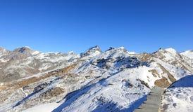 Il panorama della montagna da Gornergrat Le alpi, Svizzera Immagine Stock Libera da Diritti